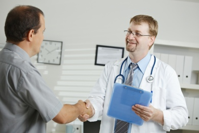 Doctor greeting patient by Vic on Flikr. https://www.flickr.com/photos/59632563@N04/6104068209