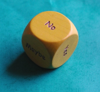 Indecision dice. Anne-Lise Heinrichs on Flikr. https://www.flickr.com/photos/snigl3t/1747917718