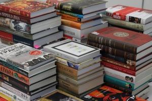 books-922321_1920