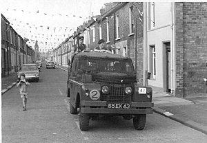 The Troubles, Belfast, Northern Ireland-1970-2 Coldstream Guards. Caspar C on Flikr. https://www.flickr.com/photos/belfast1970/6035334845