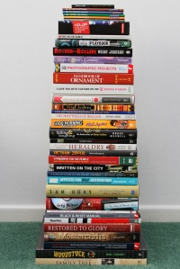 Pile of books. Leo Reynolds on Flikr. https://www.flickr.com/photos/lwr/4999725558